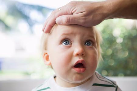 在孩子生病时要注意什么呢??