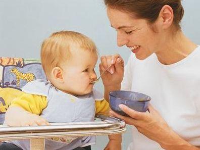 新手妈妈给宝宝添加辅食 这几个坑要避开